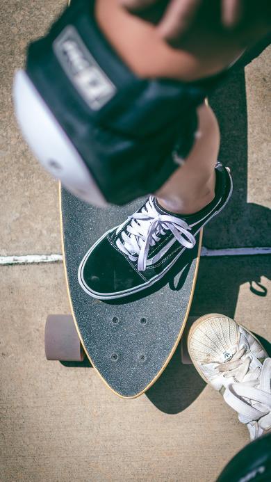 滑板 护膝 运动 布鞋 影子