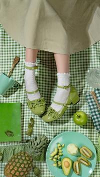 绿色系 鞋子 菠萝 牛油果 奇异果 青苹果 摄影 摆拍