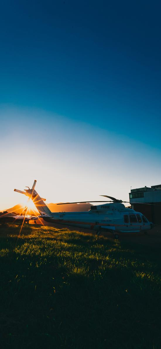 直升机 飞机 航空 草坪 阳光