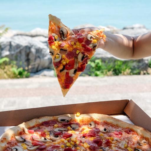意式 披萨 玉米 蘑菇