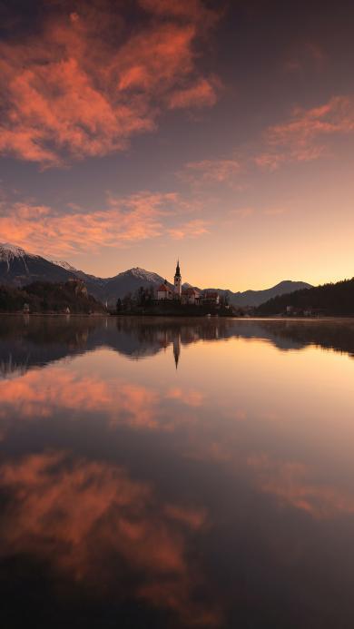 山水 倒映 夕阳 水面 天空