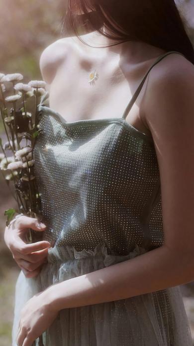 女孩 吊带裙 纱裙 花束 唯美