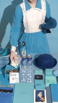 静物 汽水 帽子 发卡 蓝色系(取自微博:尼脑子瓦特啦)