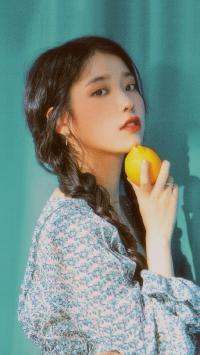 韩国 明星 IU 李知恩