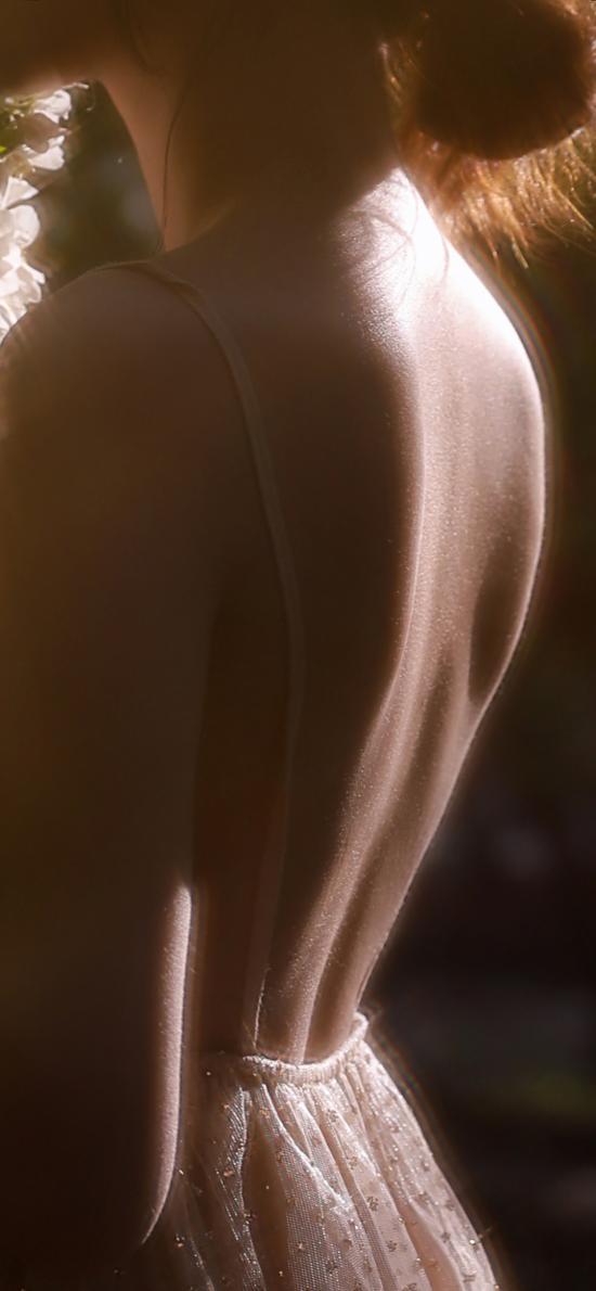 背影 性感 女孩 唯美 吊帶裙