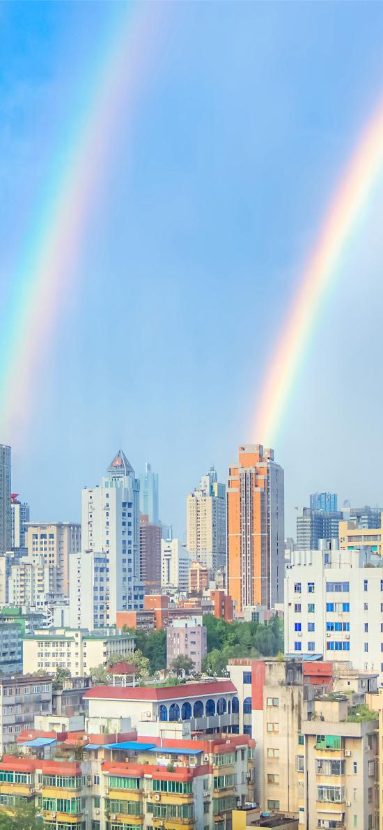 双彩虹 城市 高楼 天空