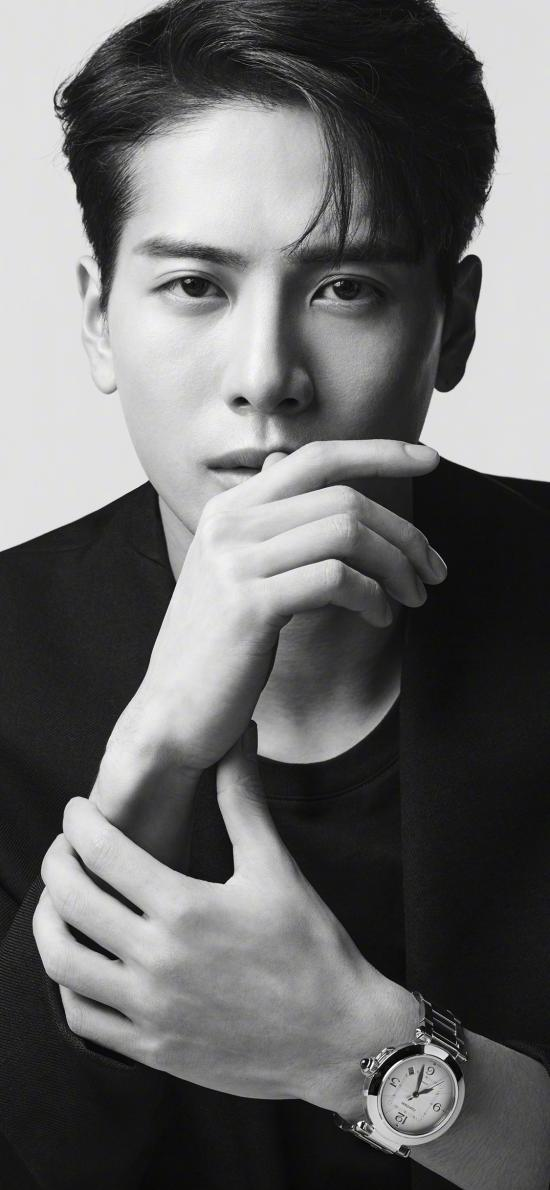 王嘉爾 GOT7 歌手 偶像 明星 黑白