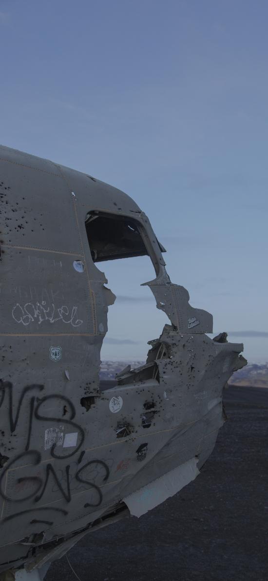 飞机 破损 坠毁 残旧 涂鸦