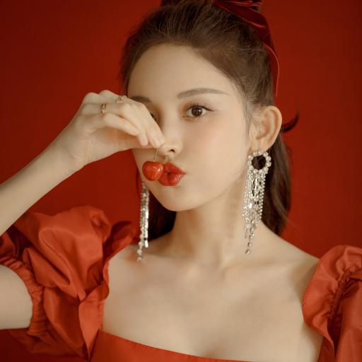 古力娜扎 演员 明星 艺人 樱桃 红色