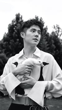 刘昊然 演员 明星 艺人 黑白 鸭子