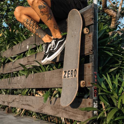 滑板 轮子 模板 运动 男子 纹身
