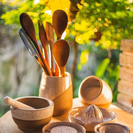 静物 器具 木勺 瓷器