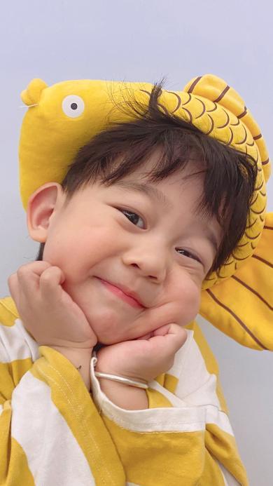 李浠晗 小男孩 小网红 可爱 孩子 萌