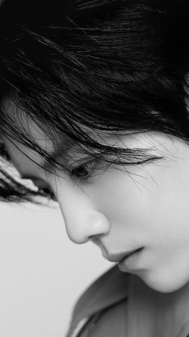 鹿晗 歌手 演员 明星 黑白 侧颜